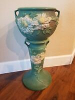 ROSEVILLE PEONY JARDINIERE WITH PEDESTAL NEAR MINT POTTERY 661-8