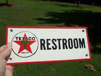 CAST IRON TEXACO RESTROOM SIGN PLAQUE GAS OIL COLLECTIBLE SIGN GAS STATION SIGN