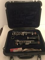 Selmer USA 1401 B Flat Clarinet, in Case With Bundy Mouthpiece