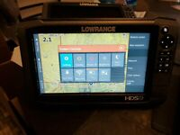 2 Lowrance HDS 9 GEN 3 GPS / Fishfinder with Active Imaging 3-in-1 Transducer