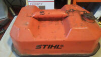 VTG STIHL 1987 USMC Blitz 1 1/4 Gallon Gas Can with Attached Cap.TOP HALF ONLY