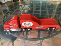 Coca-Cola Holiday Carrier Semi Truck Trailer Toy VINTAGE 2000