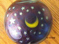 Lundberg Studios paperweight Moon and Stars 1987