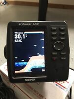 Garmin 320c Color Sonar/ Fish finder