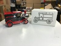 ERTL 1913 Model T Delivery Bank Armstrong Tire Die Cast Metal NIB