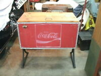 VINTAGE OLD COKE ICE CHEST