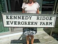 ANTIQUE ORIGINAL KENNEDY RIDGE EVERGREEN FARM WOOD TRADE SIGN DOUBLE SIDED LOOK