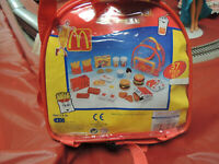 McDonalds Play Food Set W/ Back Pack 2001 New unopened #81133