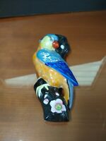 VTG LARGE HAND PAINTED JAPAN WALL POCKET PLANTER~PARROT ON A LIMB~LUSTERWARE