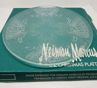Neiman Marcus Pilgrim Glass quot;The Christmas Platterquot; Angels Hearts 13quot; VTG 1999