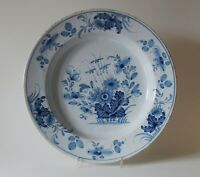 A LARGE 18th century ENGLISH DELFT CHARGER DISH  (Ø 13 1/2 ins PLATE)