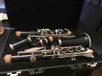 Selmer Marching Band Clarinet 1401 with Case Used but works perfectly