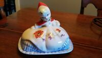 HULL LITTLE RED RIDING HOOD COVERED BUTTER DISH WITH LID MINT