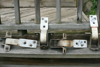 INTERNATIONAL SCOUT II DOOR HINGES