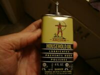 RARE 4 OZ ARCHER HOUSEHOLD OIL TIN W/LEAD SPOUT AND LEAD CAP GREAT GRAPIICS