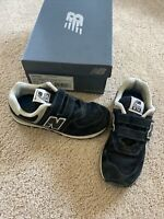 Kids New Balance Shoes Sneakers Navy Sz 1.5