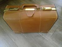 BROWN VINTAGE SUITCASE 17.5x13x6 Gold TRIM AND LOCKS NO KEYS LEATHER?