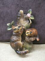 Vintage NAPCO RACCOON Hand Painted Wall Pocket Marked JAPAN C-7594