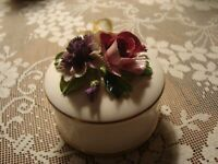 Crown Staffordshire Fine Bone China England Porcelain Floral Bouquet Trinket Box