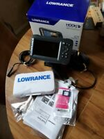 Lowrance HOOK2-5 Transducer and US / Canada Nav plus Maps Fishfinder