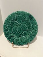 SARREGUEMINES FRENCH MAJOLICA GREEN PLATE FRUIT PATTERN FRANCE