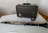 Very nice BUNDY by Selmer Resonite Clarinet w/case,lyre w/ring Made in France