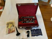 Excellent Condition Buffet E11 Wooden Clarinet + EXTRAS!!