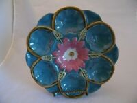 Majolica Antique Oyster Plate Turquoise with Flower Center