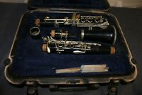 Selmer U.S.A. CL300 Clarinet With Black Hard Case and 4 Reed