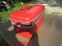 RED SAMSONITE SILHOUETTE MAKE UP OVERNIGHT TRAVEL SUITCASE RED VINTAGE COSMETIC