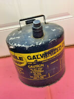 BS9 VINTAGE BLUE METAL EAGLE GALVANIZED 5 GALLON GAS CAN W/ BOTH CAPS NO. 405
