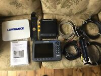 Lowrance HDS 8 With Structure Scan Gen 2
