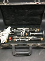 Vito V40 clarinet In Hard Case. 9098542-5
