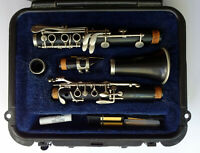 SELMER 1400 Clarinet with Hard Case Student Band Instrument, Pre-owned