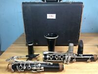 SELMER BUNDY. DELUXE STUDENT CLARINET FREE SHIPPING