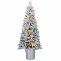Home Heritage 4.5 Feet Entry Way PVC Pre Lit Artificial Christmas Tree w/ Stand