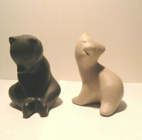 Pigeon Forge Pottery Two Bear Figurines Black Beige by Ferguson  4