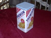 Vintage Nabisco Premium Saltine Crackers Metal Tin