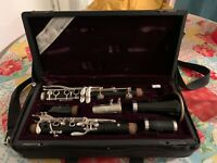 Yamaha custom clarinet Bb used; 2 years; case + 4 unused 3 1/2+ Vandoren reeds