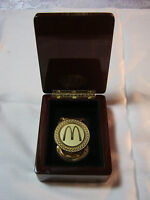 MCDONALDS FAST FOOD RESTAURANT AWARD CLIP WITH BOX     T*