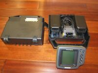 HUMMINBIRD WIDE OPTIC PORTABLE FISH FINDER ALL COMPLETE EXCELENT COND.
