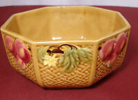 Zell Majolica Fruit & Flowers Basketweave Master Berry Bowl