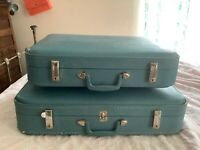 Vintage set pair blue Luggage Suitcases carry on