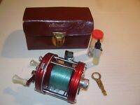 Vintage Abu-Garcia Ambassadeur 5000 - 4-Screw Reel  With Case (Sweden)