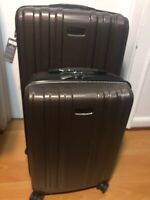 Ricardo Beverly Hills Expandable Spinner Luggage Set (2-Piece)