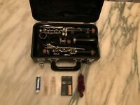 Yamaha YCL 20 Student Clarinet With Case All Accessories Seen In Actual Pictures