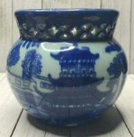 Collectible Blue Willow Jardiniere Vase