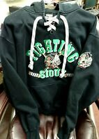 Vintage UND Fighting Sioux Hoodie w/Sioux Name-Logo w/Crossed Sticks-Well Made