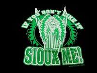 RARE UND Fighting Sioux Controversial 2 sided T Shirt from Name Change*Size Lg