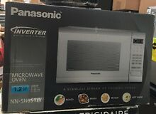 Panasonic 1 2 Cu Ft  1200 Watt Counter Microwave Oven NN SN651W  PICK UP ONLY